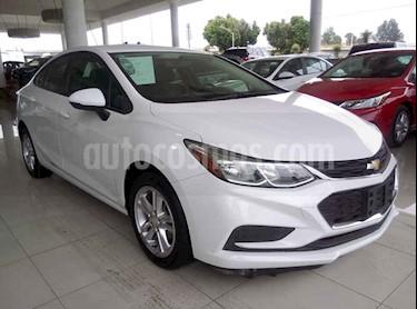 Foto venta Auto usado Chevrolet Cruze LS Aut (2017) color Blanco precio $245,000