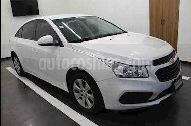 Foto Chevrolet Cruze LS Aut usado (2015) color Blanco precio $178,000