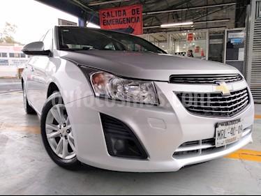 Foto Chevrolet Cruze LS Aut usado (2014) color Plata precio $136,000
