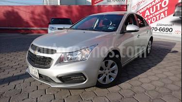 Foto venta Auto usado Chevrolet Cruze LS (2016) color Plata precio $180,000