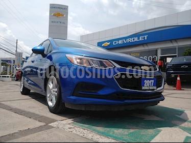 Foto Chevrolet Cruze LS usado (2017) color Azul Cobalto precio $245,000
