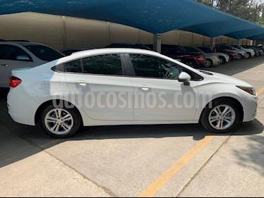 Foto venta Auto usado Chevrolet Cruze LS (2017) color Blanco precio $215,000