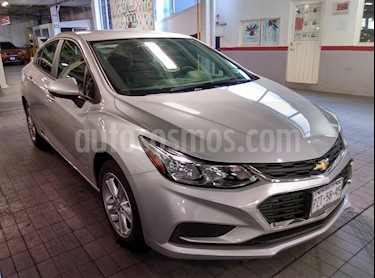 Foto venta Auto Seminuevo Chevrolet Cruze LT Aut (2017) color Plata Brillante precio $249,000