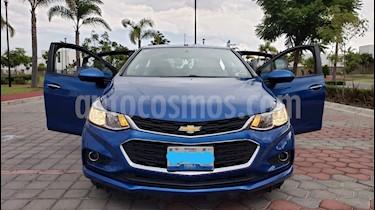 Foto venta Auto usado Chevrolet Cruze LT Aut (2017) color Azul Claro precio $258,000