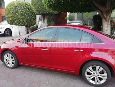 Foto Chevrolet Cruze LT Piel Aut usado (2015) color Rojo Metalizado precio $160,000