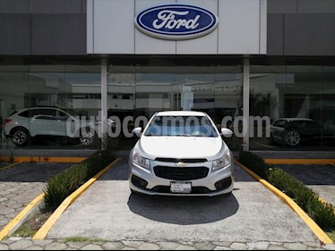 Chevrolet Cruze LS TA usado (2016) color Plata precio $144,000