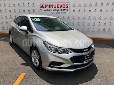Chevrolet Cruze LS usado (2017) color Plata Brillante precio $225,000