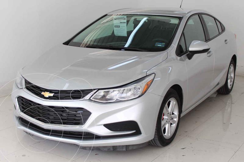 Foto Chevrolet Cruze LS  usado (2018) color Plata precio $249,000