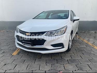 Chevrolet Cruze LS Aut usado (2017) color Blanco precio $199,900
