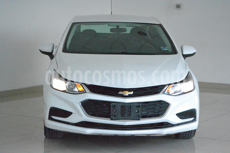 Foto Chevrolet Cruze LS Aut usado (2018) color Blanco precio $245,000