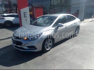 Chevrolet Cruze LS Aut usado (2017) color Plata precio $204,900