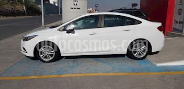 Chevrolet Cruze LS Aut usado (2017) color Blanco precio $215,000