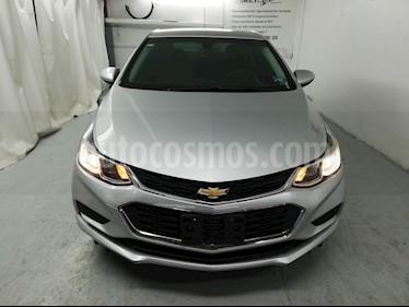 Chevrolet Cruze LS usado (2017) color Plata Brillante precio $193,900