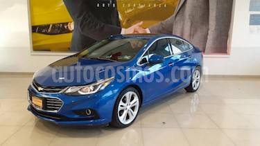 foto Chevrolet Cruze 4P LT PREMIER TA BOSE BL PIEL F.LED RA-18 usado (2017) color Azul precio $273,900