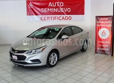 Foto Chevrolet Cruze LS Aut usado (2017) color Plata Brillante precio $215,000