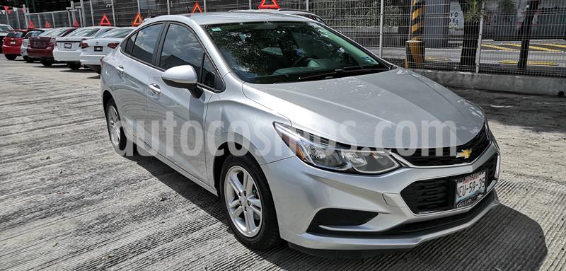 Chevrolet Cruze LS usado (2017) color Plata precio $197,000