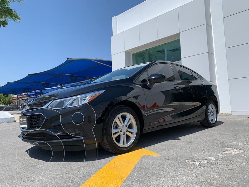 Foto Chevrolet Cruze LS Aut usado (2017) color Negro precio $268,500