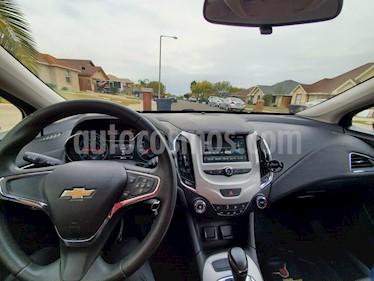 Chevrolet Cruze LS Aut usado (2016) color Negro precio $200,000