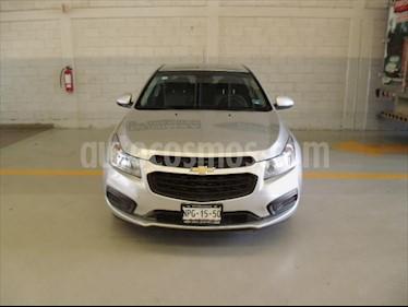 Chevrolet Cruze LS MANUAL (BOLSAS DE AIRE FRONTALES, FRENOS ABS,  usado (2015) color Plata precio $130,000