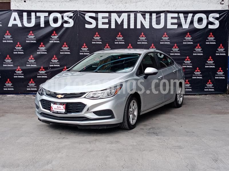 Foto Chevrolet Cruze LS Aut usado (2018) color Plata Brillante precio $235,000