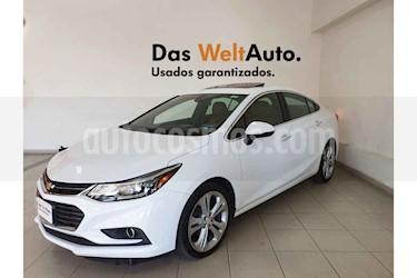 Chevrolet Cruze 4p Premier L4/1.4/T Aut usado (2017) color Blanco precio $259,995