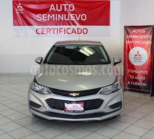 Chevrolet Cruze LS Aut usado (2017) color Plata Brillante precio $209,000