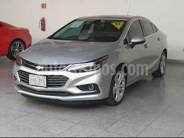 Foto venta Auto usado Chevrolet Cruze Premier Aut (2017) color Plata precio $309,000