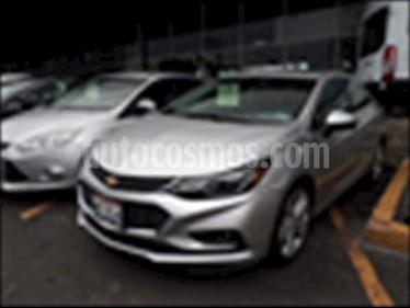 Foto Chevrolet Cruze Premier Aut usado (2017) color Plata precio $280,000