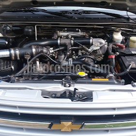 foto Chevrolet D-MAX 3.0 HR 4X2 Mec usado (2007) color Gris precio $6.200.000