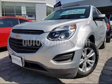 Chevrolet Equinox LS Paq. A usado (2017) color Plata precio $289,000