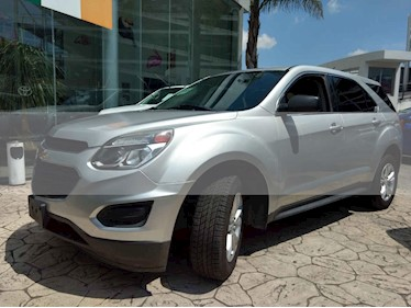 Foto venta Auto usado Chevrolet Equinox LS (2017) color Plata precio $290,000