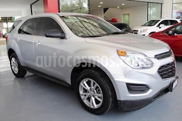Foto venta Auto usado Chevrolet Equinox LS (2017) color Plata precio $315,000