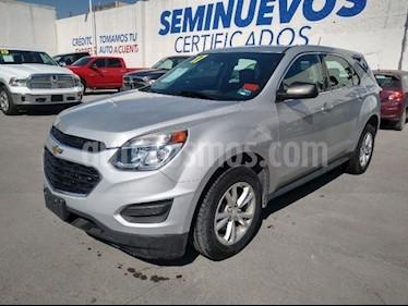 Chevrolet Equinox LS usado (2017) color Plata precio $275,000
