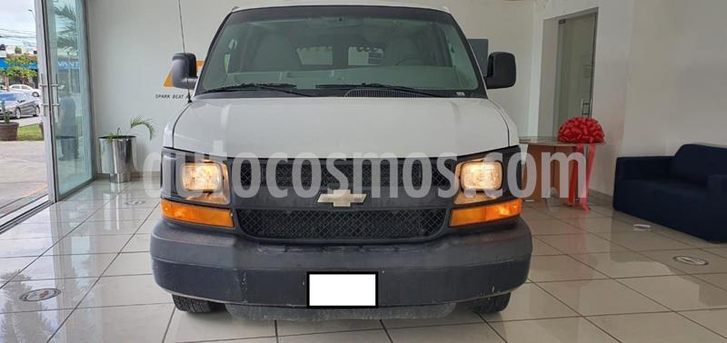 Chevrolet Express Passenger Van Paq D 8 Pas (V6) usado (2015) color Blanco precio $280,000