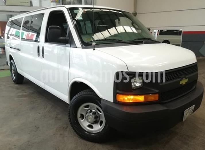 Chevrolet Express Passenger Van LS 8 Pas 6.0L usado (2016) color Blanco precio $369,000