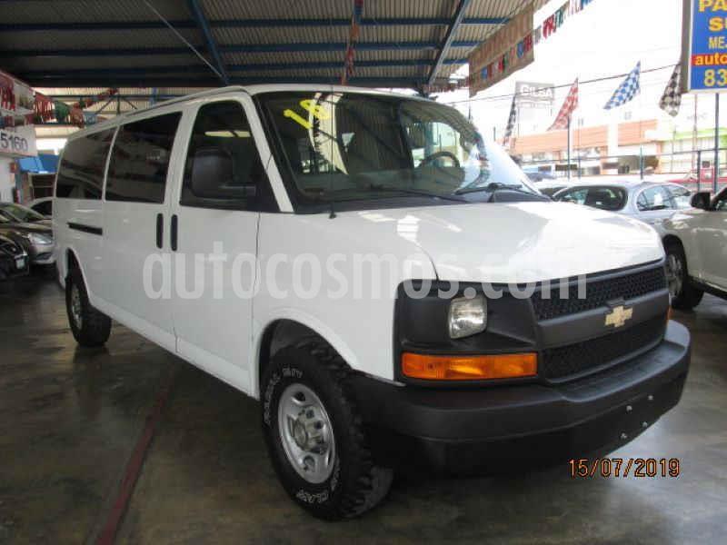 Chevrolet Express Passenger Van Paq C 15 pas (V8) usado (2016) color Blanco precio $415,000