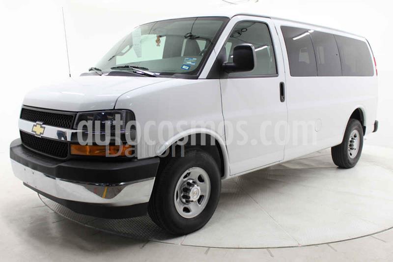 Chevrolet Express LS L 12 Pas usado (2018) color Blanco precio $400,000