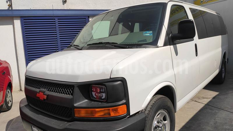 Chevrolet Express Passenger Van LS 15 pas 5.3L usado (2016) color Blanco precio $349,000