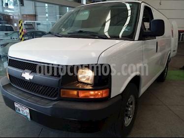 Chevrolet Express Passenger Van LS 15 pas 6.0L LWB usado (2016) color Blanco precio $378,000