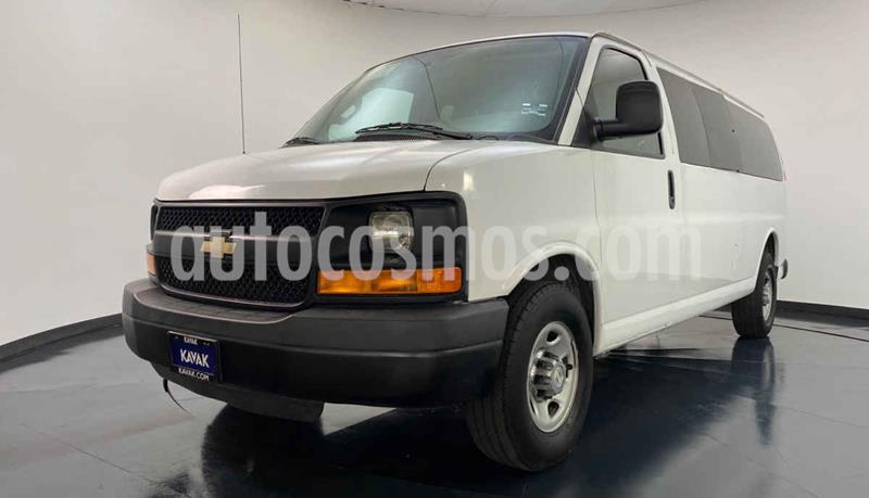 Chevrolet Express Passenger Van LS 15 pas 5.3L usado (2015) color Blanco precio $412,999