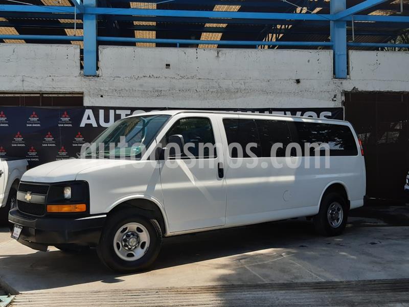 Chevrolet Express Passenger Van Paq C 15 pas (V8) usado (2016) color Blanco precio $345,000
