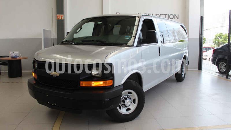 Chevrolet Express Passenger Van LS 15 pas 6.0L LWB usado (2016) color Gris precio $365,000