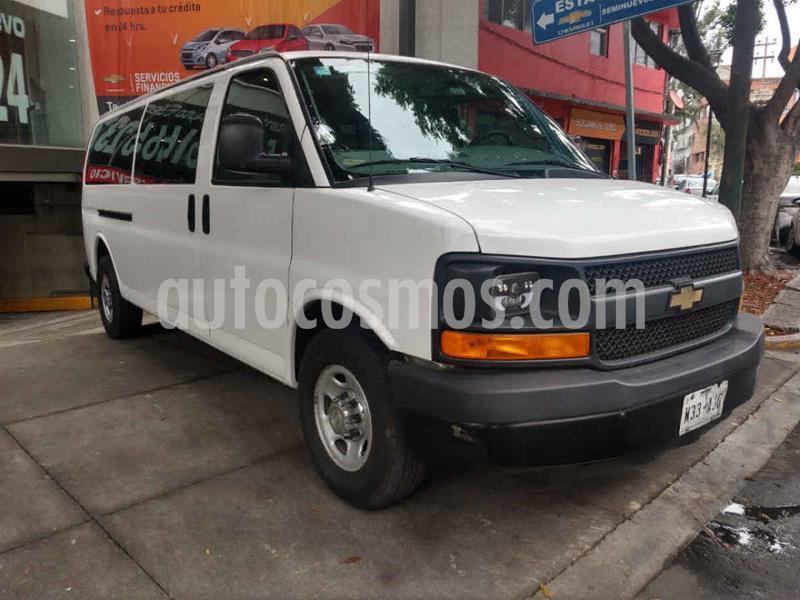 Chevrolet Express Passenger Van LS 15 pas 6.0L LWB usado (2016) color Blanco precio $349,000