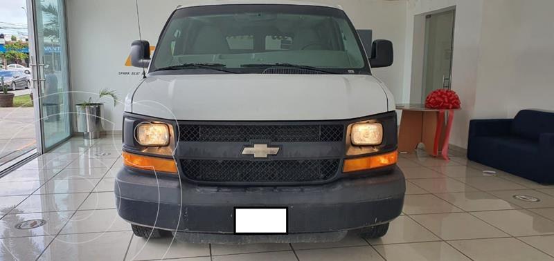 Foto Chevrolet Express Passenger Van Paq D 8 Pas (V8) usado (2015) color Blanco precio $280,000