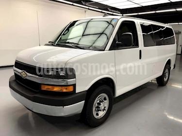 Chevrolet Express Passenger Van LS 15 pas 6.0L LWB usado (2016) color Blanco precio $225,000