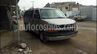 Foto venta Auto usado Chevrolet Express Passenger Van LS 15 pas 5.3L (2005) color Marron precio $110,000