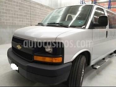 Foto venta Auto usado Chevrolet Express Passenger Van LS 15 pas 6.0L LWB (2016) color Plata Brillante precio $550,000