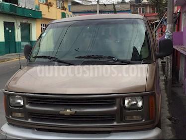 Foto venta Auto usado Chevrolet Express Passenger Van Paq D 8 Pas (V6) (2000) color Champagne precio $92,500