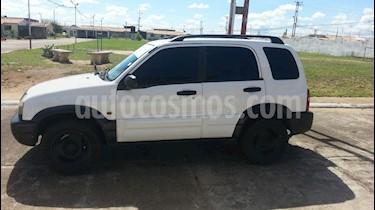 Foto venta carro Usado Chevrolet Grand Vitara Sinc. 4x4 5P (2001) color Blanco precio u$s2.000