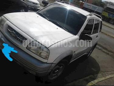 Chevrolet Grand Vitara Auto. 4x4 5P V-6 usado (2000) color Blanco precio u$s3.300